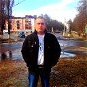Денис Бондарев