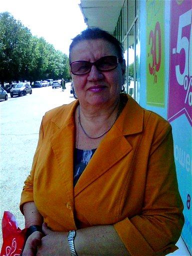 Анна Стоева