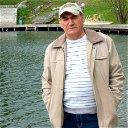 Виктор Краев