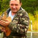 Олег Есин
